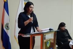 Lic. Laura Hurtado, integrante del Pleno del TEG, realiza juramentación para miembros de CEG